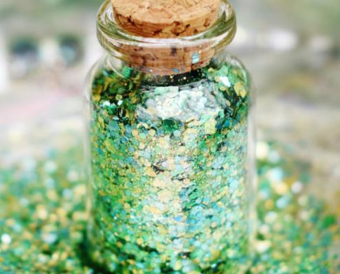 biodegradable green glitter